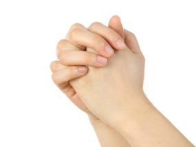 日常生活にまで支障をきたす手汗を治したい!堂々と手を繋ぎたい!